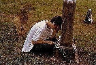 как вести себя на кладбище