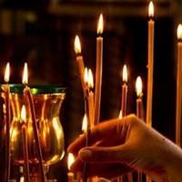 свечи в церкви на Радоницу